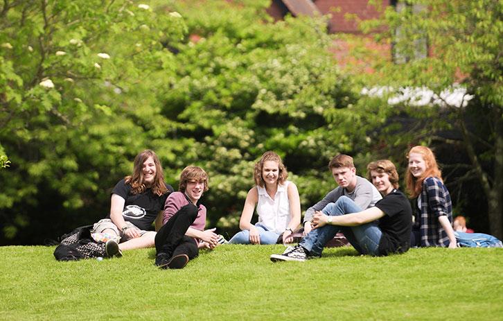 schueleraustausch-england-brockenhurst-college-teaser
