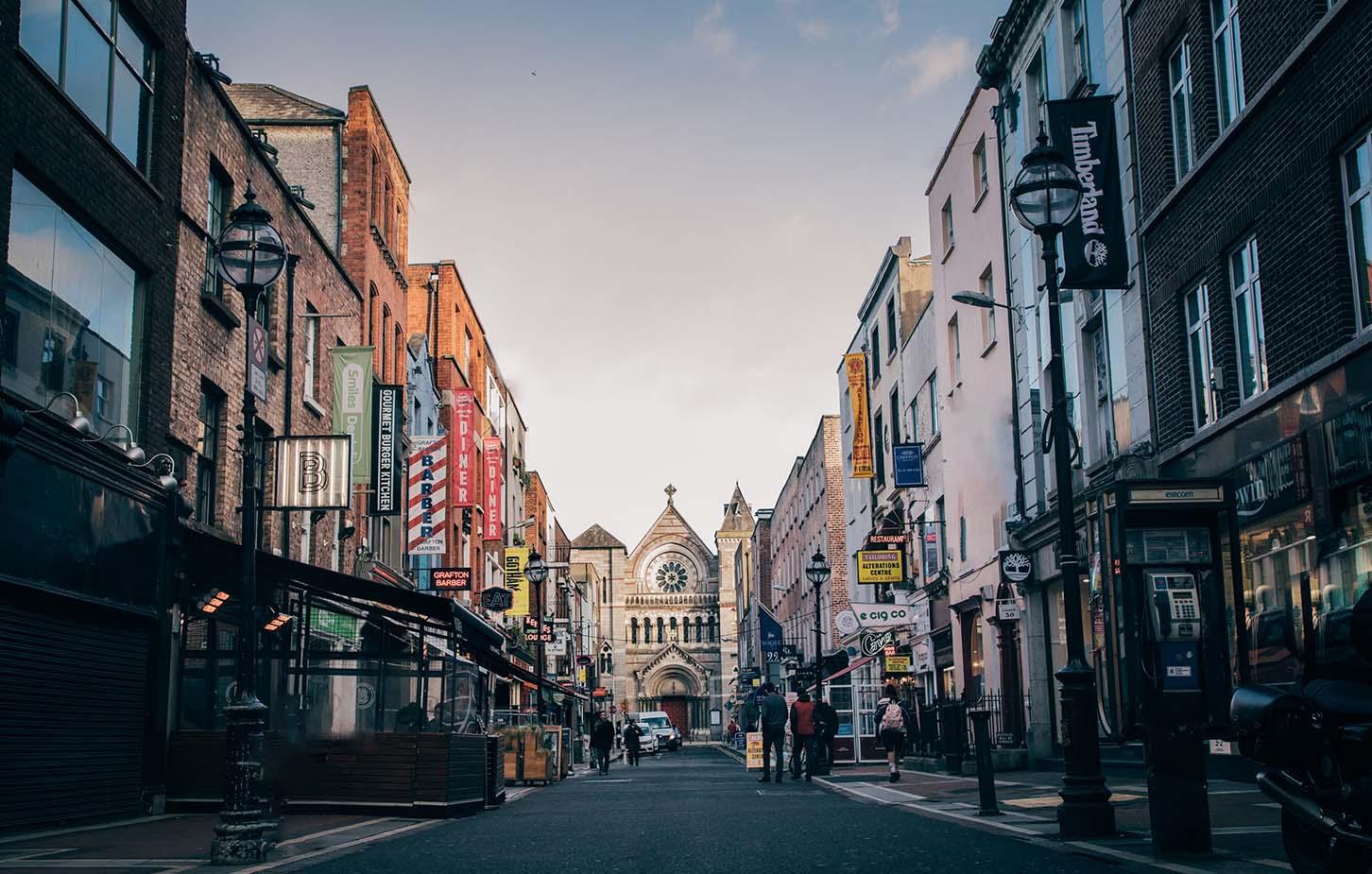 sprachreisen-irland-dublin-dame-street-teaser